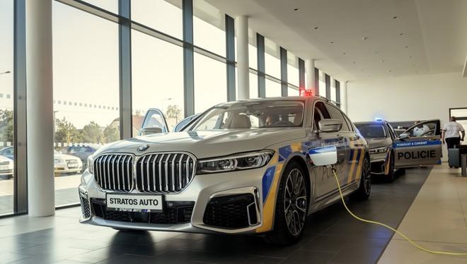 BMW 7-Series của lực lượng cảnh sát Cộng hòa Czech.
