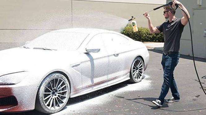 Công nghệ rửa xe không chạm liệu có sạch được bằng rửa xe truyền thống?
