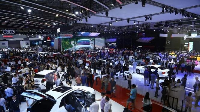 Thị trường ô tô sẽ tiếp tục còn những chương trình kích cầu mới song cũng không nên kỳ vọng sẽ có những đột biến. Ảnh: Nguyễn Hà.
