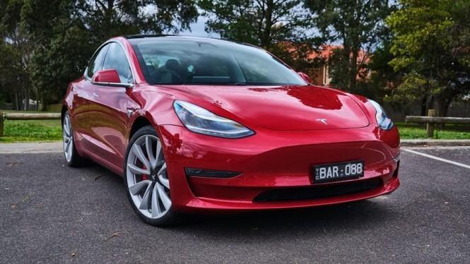 Dù luôn chỉ trích Tesla về độ tin cậy nhiều năm trước nhưng kể từ năm ngoái hãng xe điện này đã cải thiện khá tốt