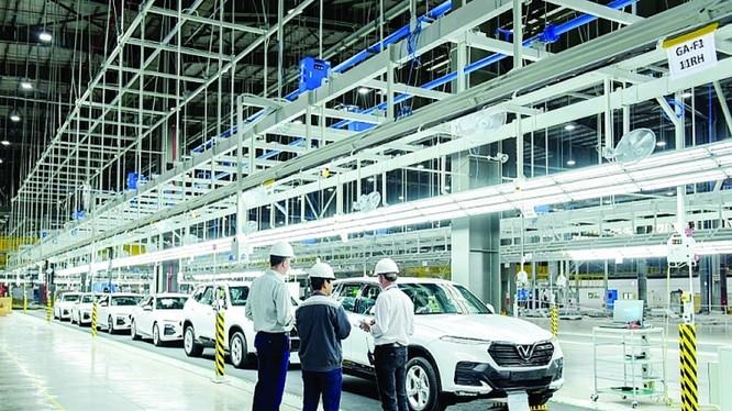 Sản xuất trong nước đang đẩy mạnh đầu tư mở rộng. Ảnh: Nguyễn Hà