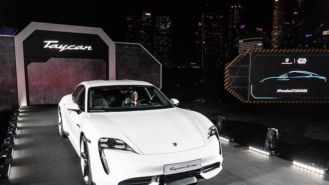 Porsche Taycan ra mắt thị trường Đông Nam Á tại Singapore. Ảnh Quang Anh.