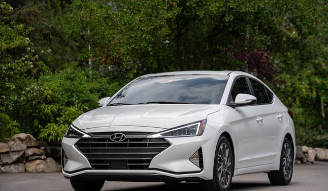 Mẫu Hyundai Elantra 2019