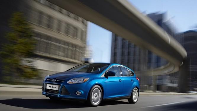 Hồi tháng 7/2019, The Detroit Free Press cáo buộc rằng, Ford đã biết về vấn đề hộp số của mình nhưng vẫn tiếp tục trang bị lên hai mẫu Fiesta và Focus