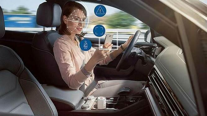 Mô phỏng quá trình hoạt động của công nghệ hỗ trợ tài xế do Bosch phát triển. Ảnh: Bosch