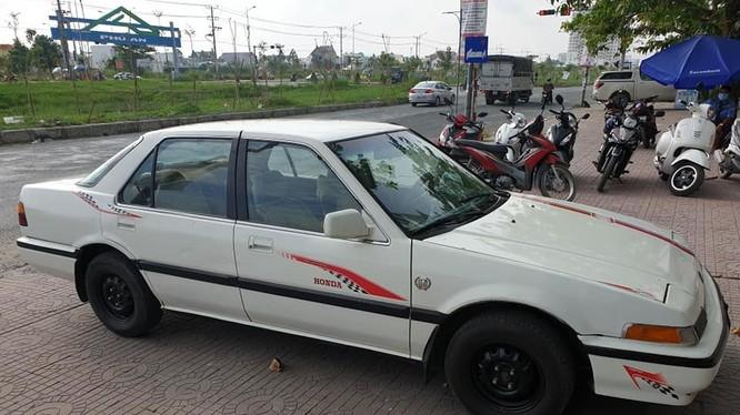 Chiếc xe Honda Accor 1987 của anh Khanh.