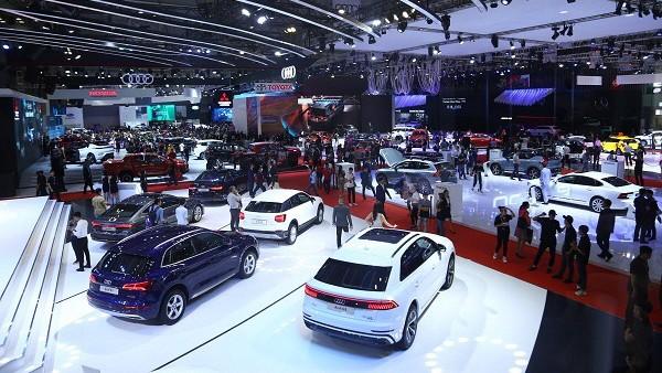 Năm 2019, thị trường xe Việt đón nhận những cơn lốc giảm giá lên đến vài trăm triệu đồng.