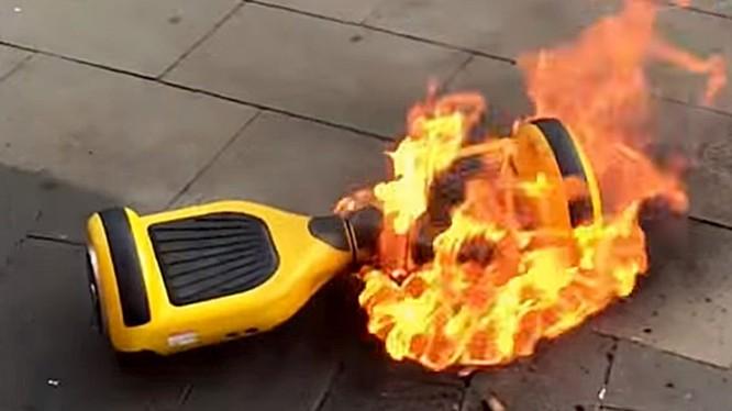 Xe điện cân bằng là đồ chơi tiềm ẩn nguy cơ cháy nổ rất cao