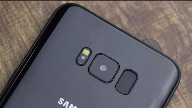 Có thể dùng cảm biến vân tay của S8 để đóng mở ứng dụng