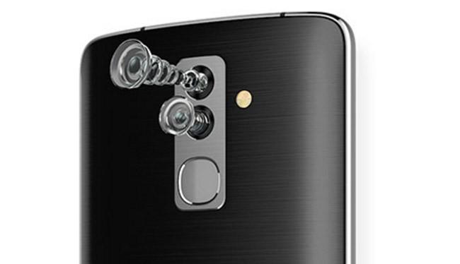 Alcatel Flash được trang bị máy ảnh kép cả 2 mặt trước sau