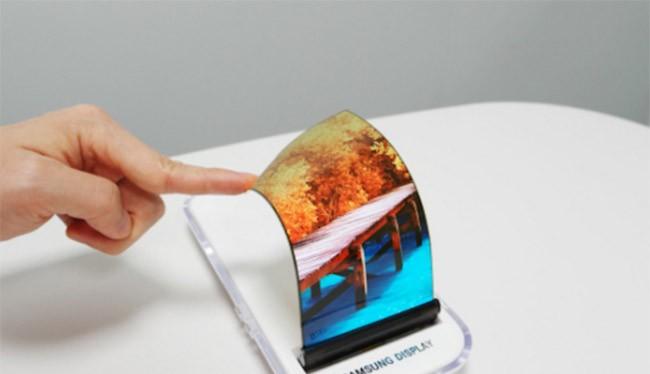 Điện thoại màn hình dẻo sẽ là sản phẩm tiếp theo của Samsung sau điện thoại không viền