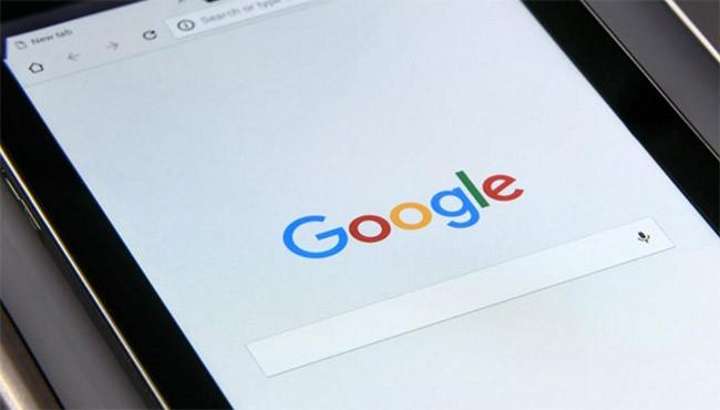 Google gắn kèm thẻ xác minh nguồn tin vào kết quả tìm kiếm