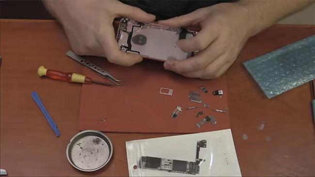 """Bạn có thể mua linh kiện từ """"chợ giời"""" để lắp ráp iPhone hoàn chỉnh"""