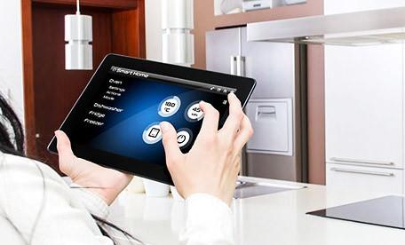 Các thiết bị thông minh ngày càng đóng vai trò quan trọng trong cuộc sống con người