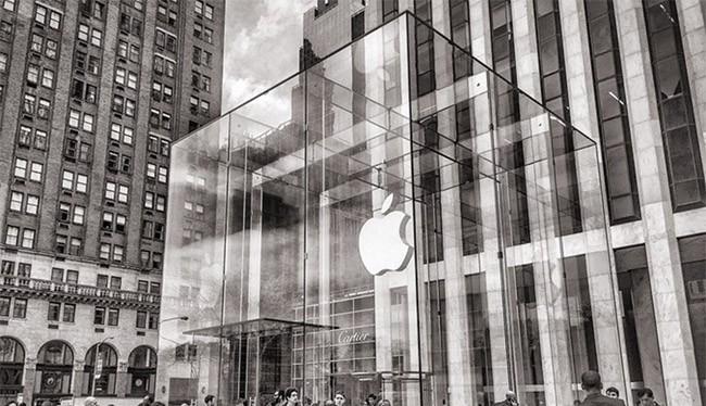 Khối thủy tinh làm nên đặc trưng Apple Store ở Manhattan sẽ bị di dời