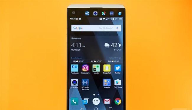 Màn hình OLED sẽ trở nên phố biến trên các smartphone cao cấp