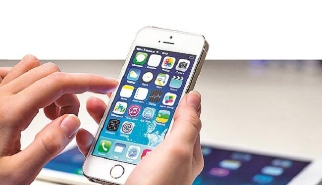 Siri là trợ lý ảo được cài sẵn trên iPhone