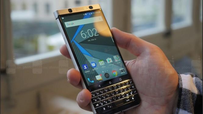 KEYOne là sản phẩm chủ đạo của BlackBerry trong năm 2017