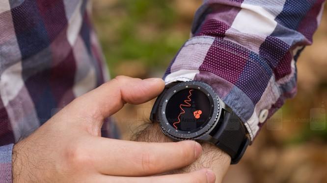 Đồng hồ thông minh Gear S3 của Samsung (ảnh Phone Arena)