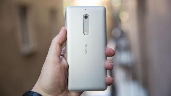 Nokia 5 (ảnh CNET)