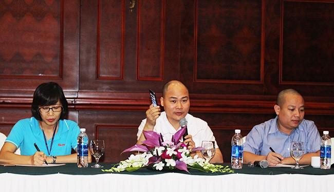 CEO BKAV chia sẻ về Bphone với báo giới