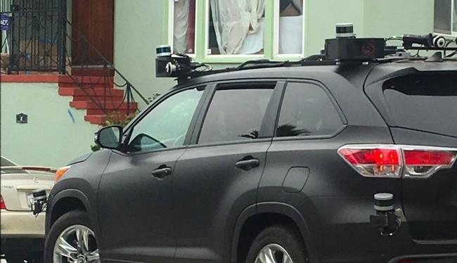 Xe tự lái của Toyota (ảnh: Business Insider)