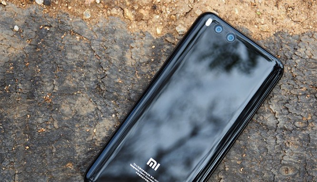 Xiaomi Mi 6 (ảnh: Android Central)