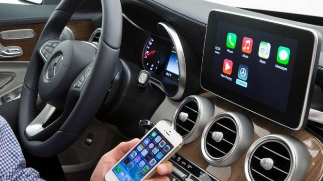 Điện thoại có tốc độ cập nhật công nghệ mới không nhiều bằng xe hơi (ảnh: BGR)
