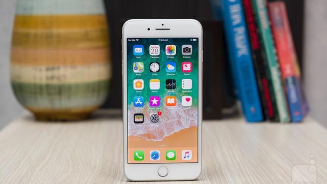 iPhone 8 Plus (ảnh: Phone Arena)