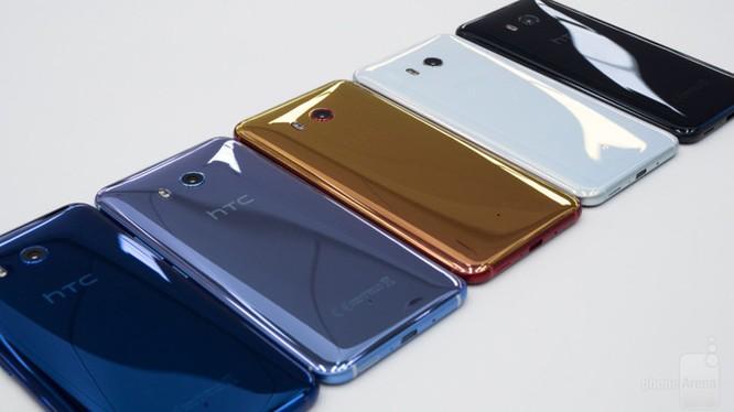 U11 là mẫu điện thoại cao cấp nhất của HTC (ảnh: Phone Arena)