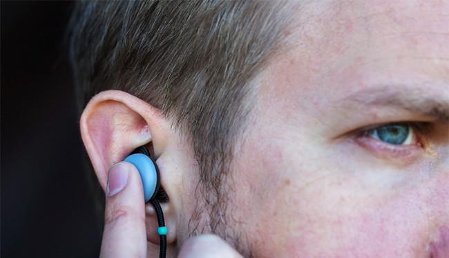 Tai nghe không dây của Google (ảnh: The Verge)