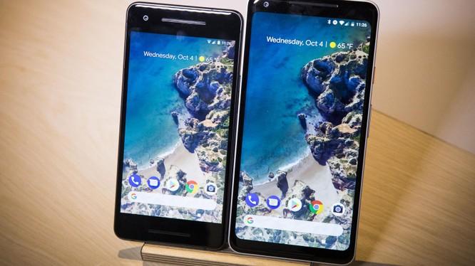 Bộ đôi Pixel 2 và Pixel 2 XL (ảnh: CNET)
