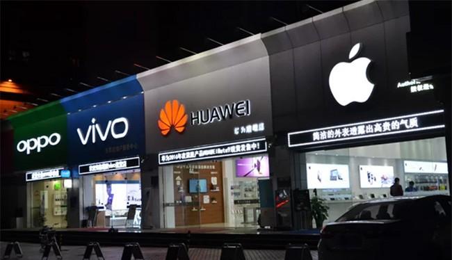 Các thương hiệu smartphone Trung Quốc thường không quan tâm đến yếu tố môi trường khi sản xuất (ảnh: Fortune)