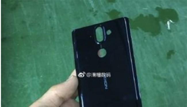 Mặt lưng của Nokia 9 (ảnh: Baidu)