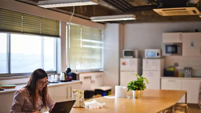 Phụ nữ vẫn vắng bóng trong ngành công nghệ (ảnh: CNET)