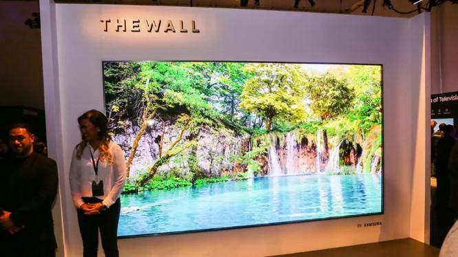 Tivi Bức tường của Samsung (ảnh; CNET)
