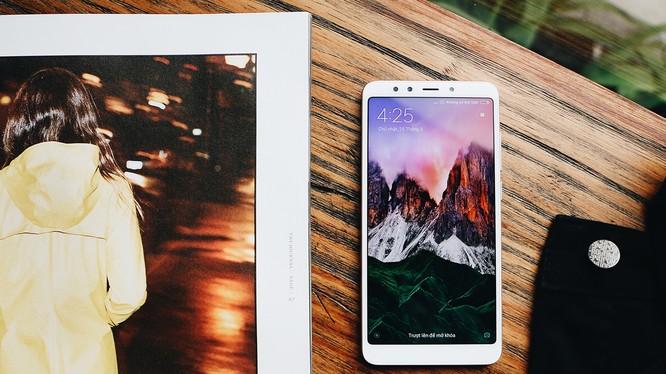 Xiaimi Redmi 5 Plus là sản phẩm cấu hình khá, giá hấp dẫn