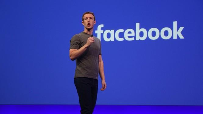 Mark Zuckerberg nên từ chức? (ảnh The Verge)