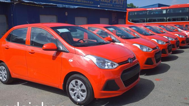 Tập đoàn vận tải Phương Trang sẽ sớm triển khai dịch vụ taxi công nghệ vào tháng 4 thông qua ứng dụng gọi xe VETO (ảnh: Futataxi.vn)