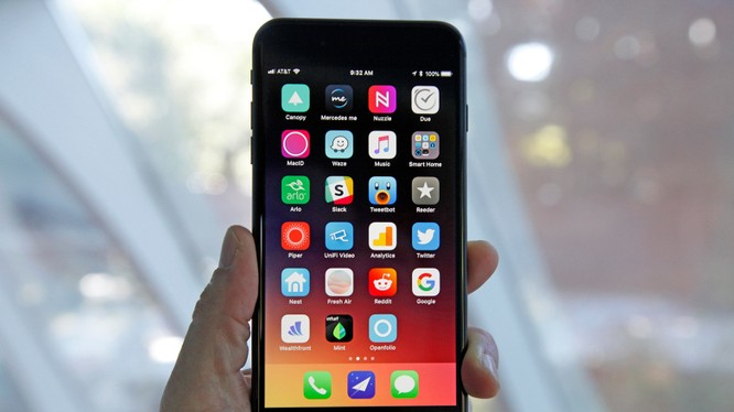 Apple đã mất nhiều năm để phát triển 3D Touch và bây giờ lại bỏ rơi tính năng này (ảnh: BGR)