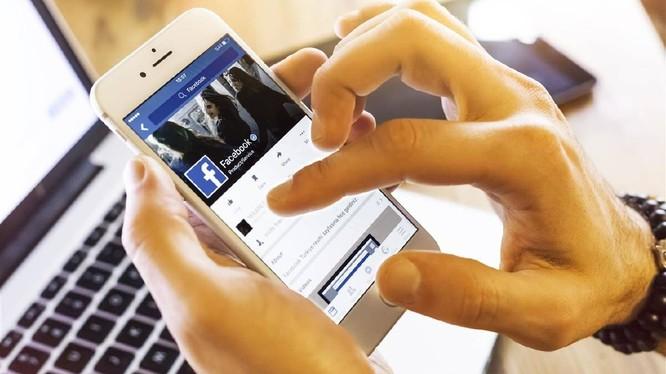 Số lượng người dùng Facebook không hề giảm sau bê bối Cambridge Analytica