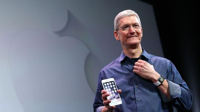 Ông Tim Cook - Giám đốc điều hành của Apple (ảnh: Recode)