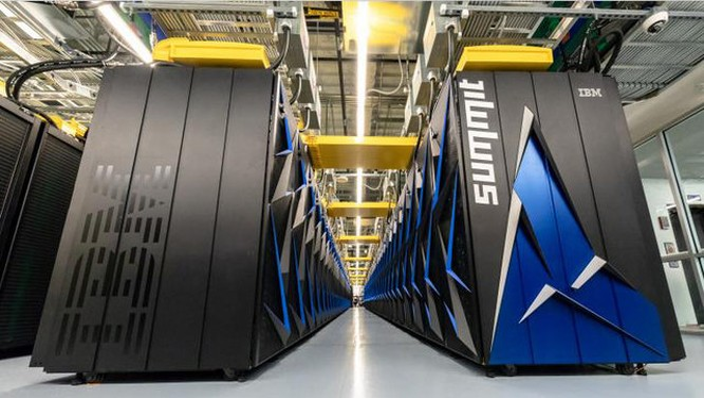 Siêu máy tính Summit (ảnh: Oak Ridge National Laboratory)