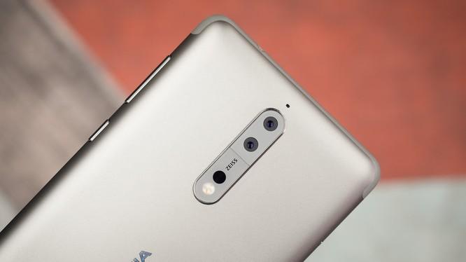 Nokia 8 ra mắt năm 2017 (ảnh: Phone Arena)
