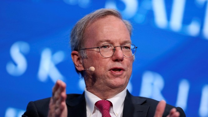 Ông Eric Schmidt là cựu CEO của Google (ảnh: Reuters)