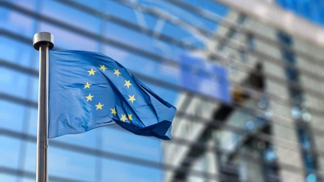 Các nhà soạn thảo luật EU đang xúc tiến ban hành một Chỉ thị về Bản quyền mới (ảnh: PacktHub)