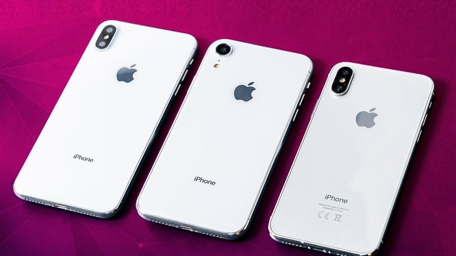 """iPhone Xs và Xs Max """"đọ dáng"""" cùng iPhone X"""