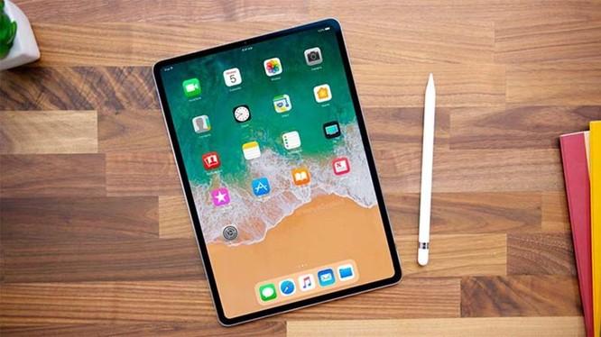iPad Pro có giá khởi điểm là 800 USD