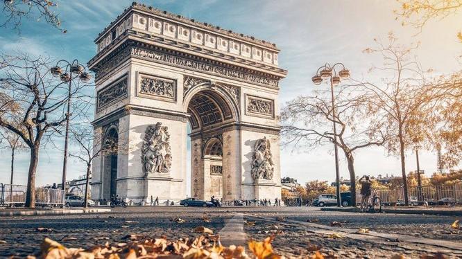 """Khải Hoàn Môn, Paris, Pháp (ảnh"""" FBNV)"""