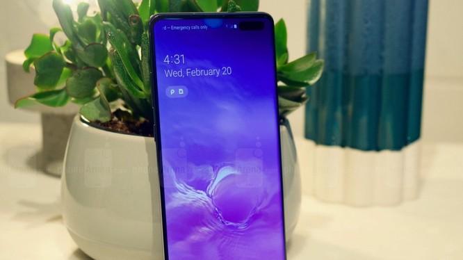 Galaxy S10 5G (ảnh: Phone Arena)